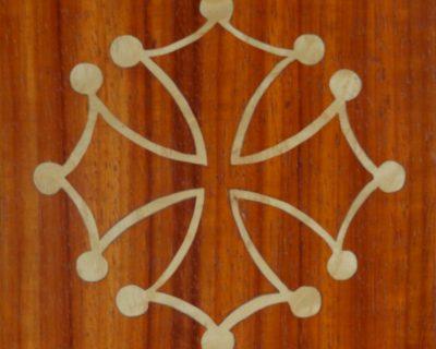 Croix frêne